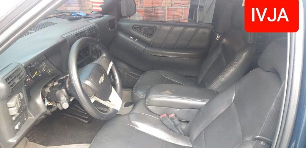 Chevrolet Blazer Dlx 2.2 Gasolina Ano 1997 4Portas Manual Ar Direcao Hidraulica Trava Vidro Eletrico 160000KmRodado Funcionando Documentacao Ok-Classificados de veículos Venda Aluguel Compra Avaliação classificados de veículos manaus aluguel veículo classificados am