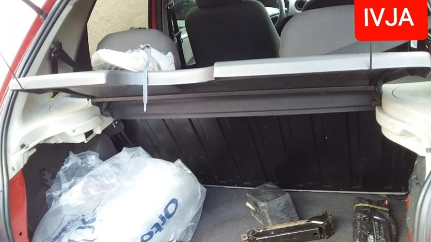 Chevrolet Celta Hatch 1,0 Lt Flex Direcao Hidraulica Ano 2011/2012 Kmr 181263 Completo Em Perfeito Estado Carro De Mulher.-Classificados de veículos Venda Aluguel Compra Avaliação classificados de veículos manaus aluguel veículo classificados am
